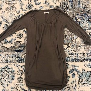Old Navy maternity top size S